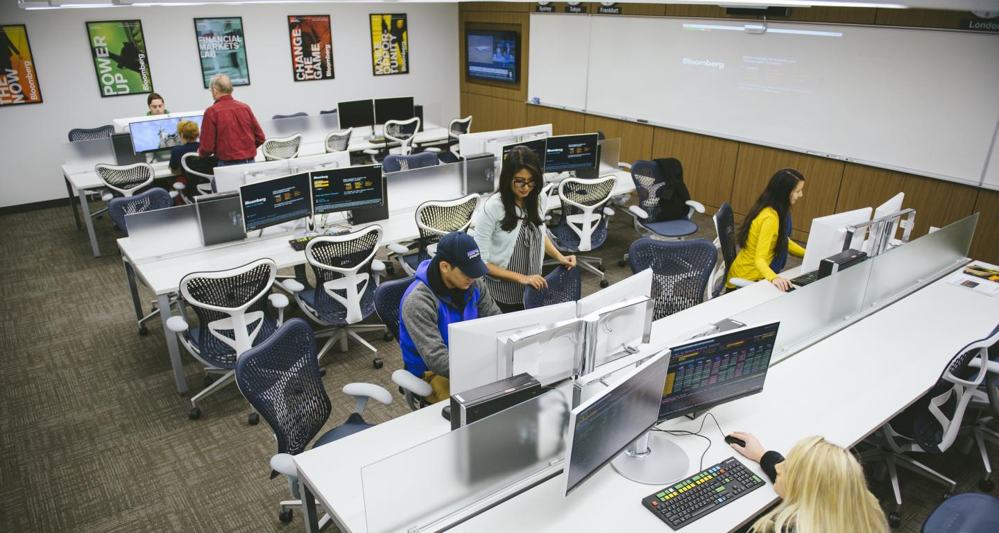 Students and faculty using the Bloomberg Finance Lab in the School of Business and Entrepreneurship at North Central College.