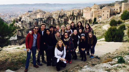 students in study abroad trip