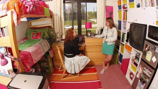 Students in dorm room in patterson hall