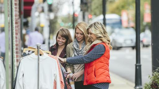 students shopping in downtown naperville